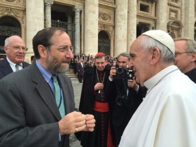 Pope-Francis-Rabbi-Sandmel-2015-600x450.jpg